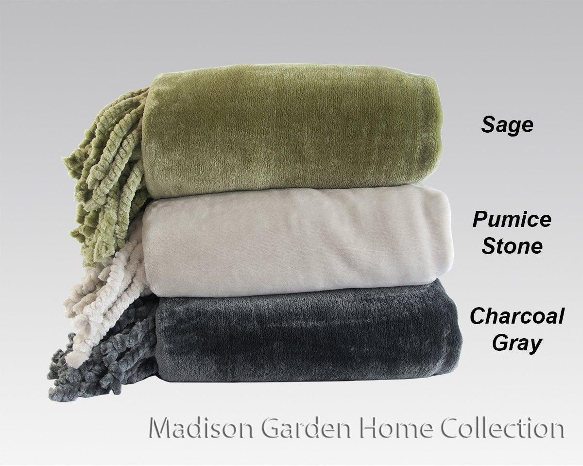 Cozy Land® Super Soft Plush Throw Blanket (SAGE)
