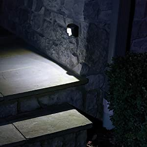 Mr. Beams MB522 Wireless Battery-Operated Indoor/Outdoor Motion-Sensing LED Step/Stair Light, 2-Pack, Brown (Color: Brown, Tamaño: 2-Pack)