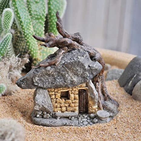 Miniature Troll Rock House W/tree