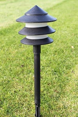 Iluminación de jardín - Pack de 10 luces pagoda de jardín de bajo voltaje - Incluye transformador y cable