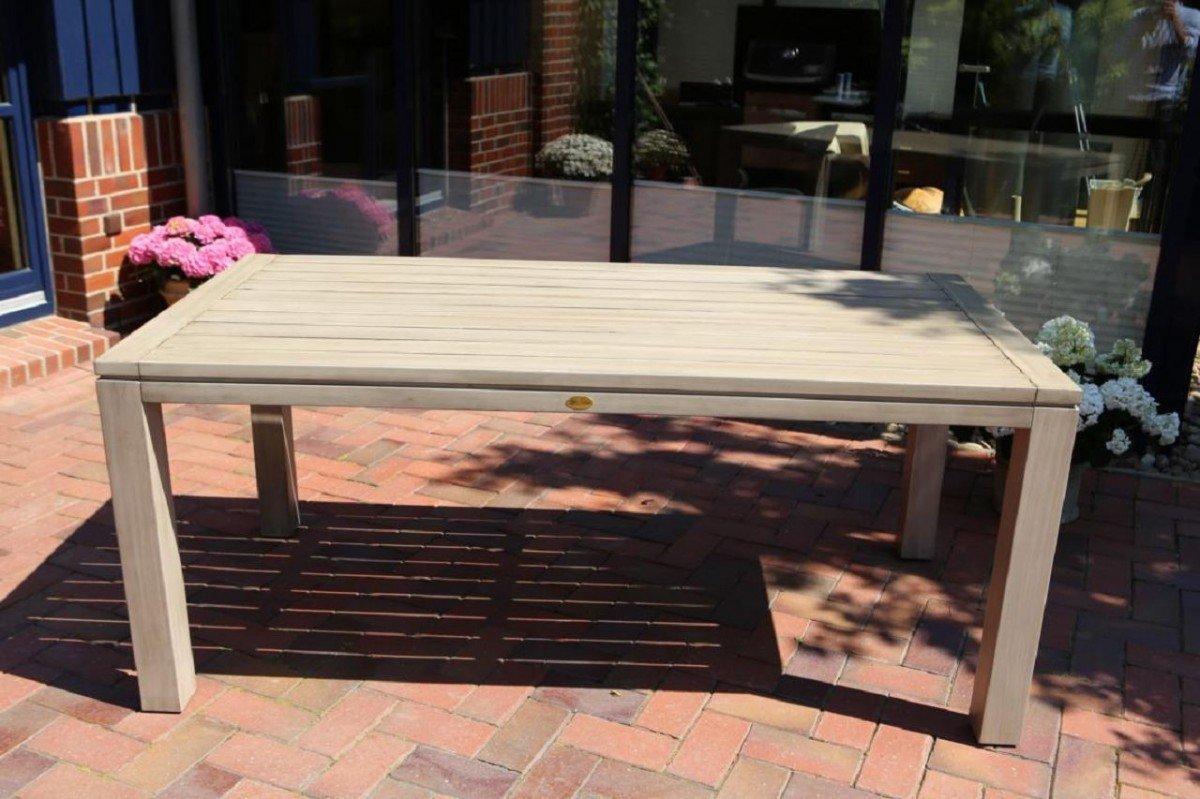 Dreams4Home Gartentisch 'Cayenne',Tisch, Esstisch, Beistelltisch, Terrassentisch, Gartenmöbel, Holztisch, (B/L/H) ca. 160 x 90 x 77 cm, Garten, in grau jetzt kaufen