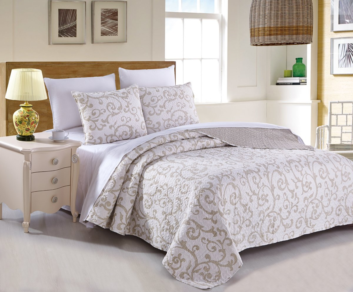 DaDa Bedding Elegant Classical Floral Luxe Couture Jacquard Reversible Quilted Coverlet Bedspread Set - Bright Vibrant Cozy Solid White Print - Queen - 3-Pieces 0