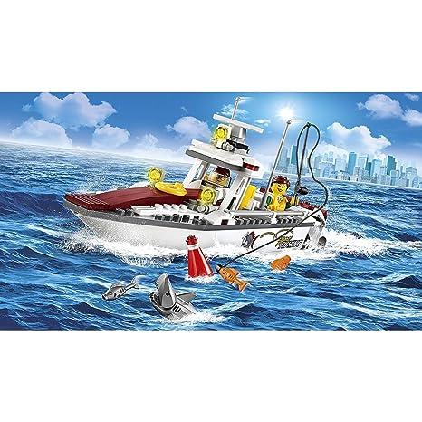 LEGO - 60147 - City - Jeu de construction  - Le Bateau de Pêche