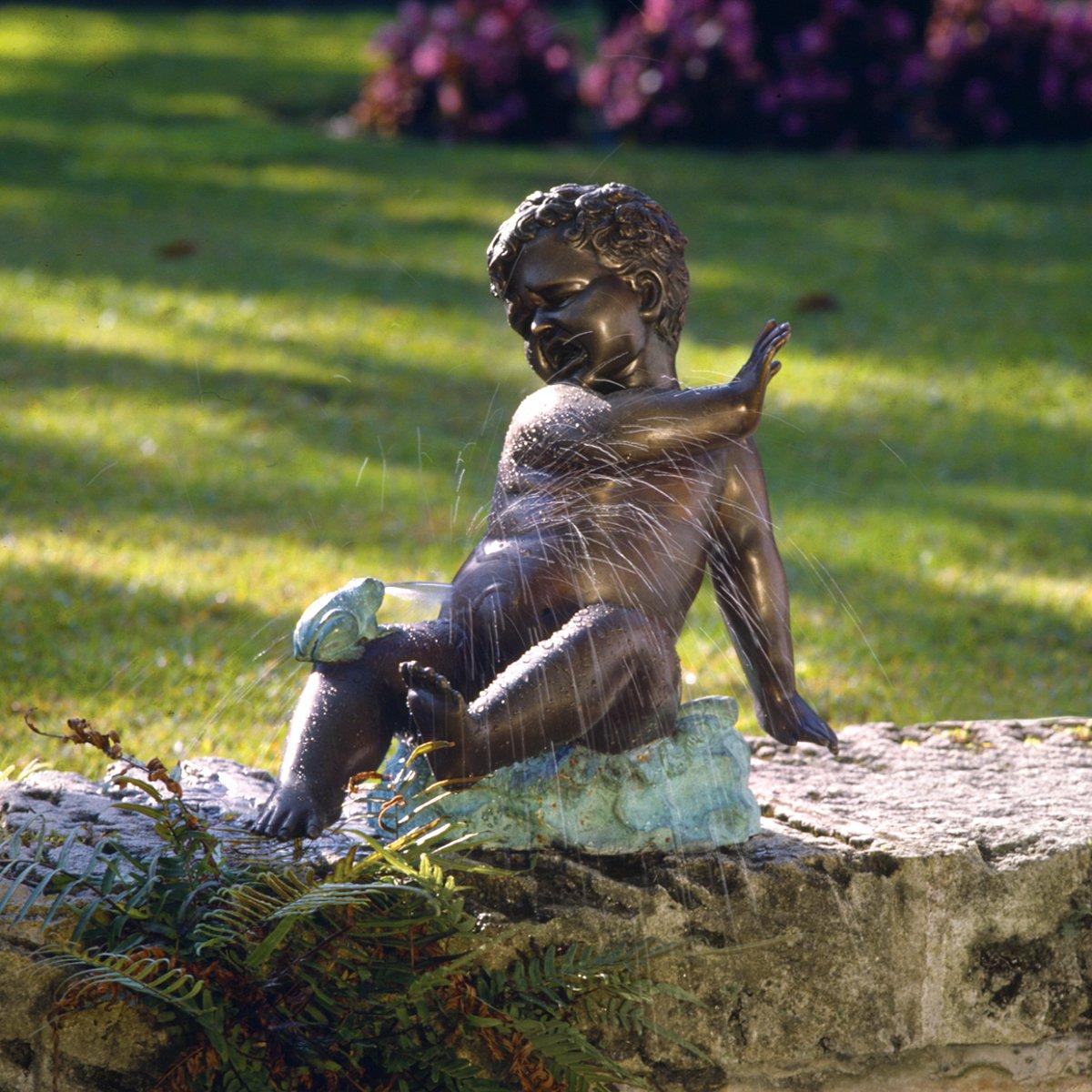 Design Toscano SU2063 Childu0027s Splashy Surprise: Spitting Frog Garden Statue