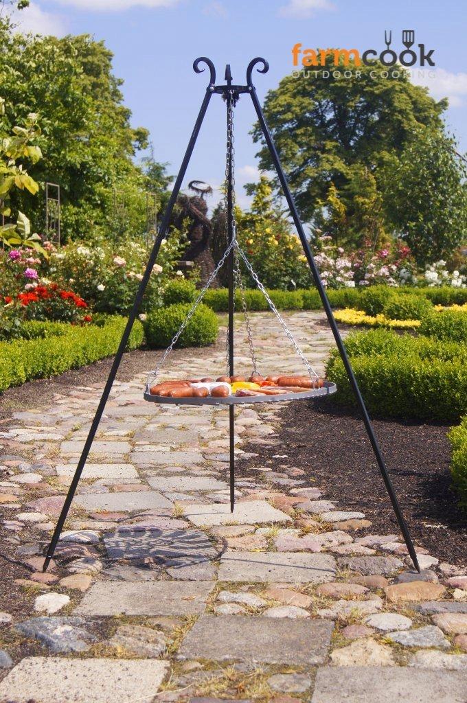 Farmcook Schwenkgrill – Dreibein Grill mit Rohstahl Rost in 3 Größen (Dreibein 180 cm – Rost 50 cm) kaufen