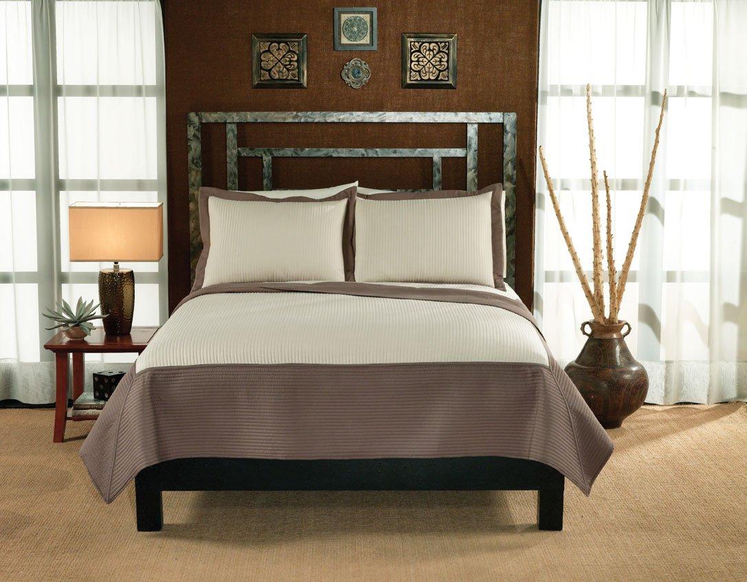 Simple And Elegant Cream Bedroom Design: Lifestyles Barclay Quilt Set