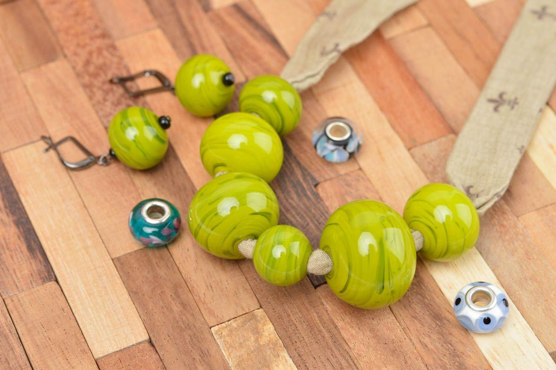 Schmuck aus Glas Handmade Schmuck Set Damen Ohrringe grün schön Damen Collier günstig bestellen