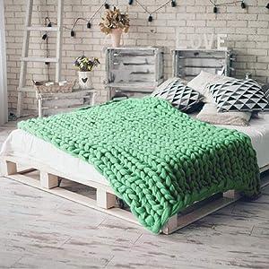 Giant Wool Yarn Chunky Merino Arm Knitting Super Soft Wool Yarn Bulky Wool Roving Green 6.6 lbs (Color: Green, Tamaño: 6.6 lbs)