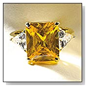 Smithsonian Hooker Yellow Diamond Ring (Size 9)