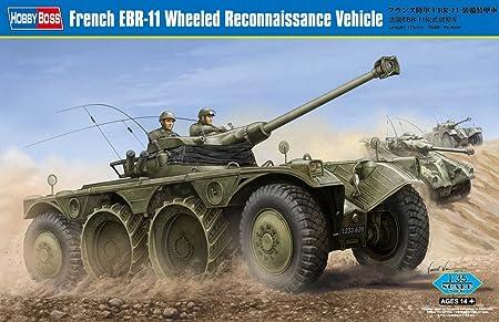 Maquette véhicule de reconnaissance français EBR-11