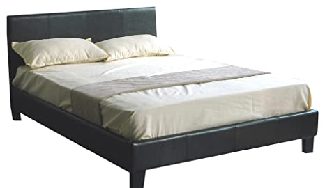 De piel sintética de marco de la cama 140 x 200 cm de tamaño de Willy de colour negro