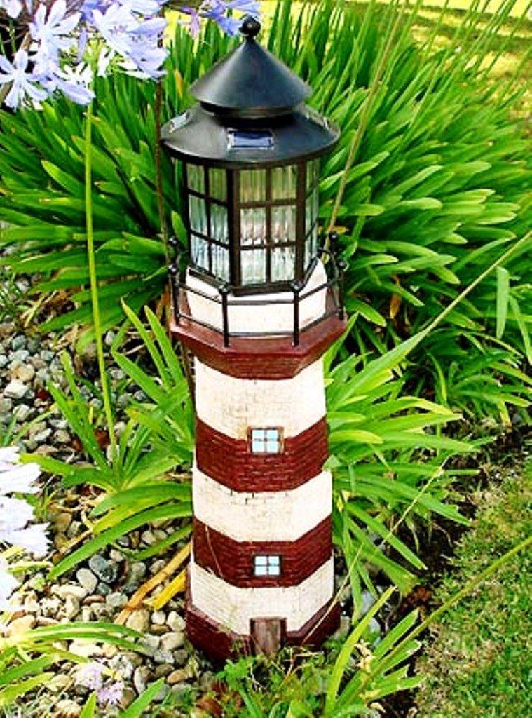 Декоративный маяк для сада