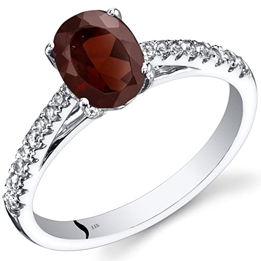 Revoni 14ct White Gold Garnet Ring Oval Cut 1.50 Carats