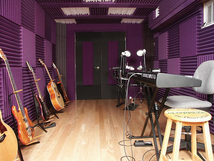 Auralex studiofoam wedges 2 inches thick and 2 for Sound proof wall padding