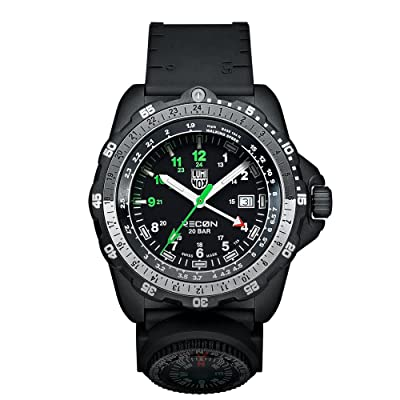 <strong>Luminox Men's A.8832.MI Recon Analog Display Quartz Black Watch</strong>