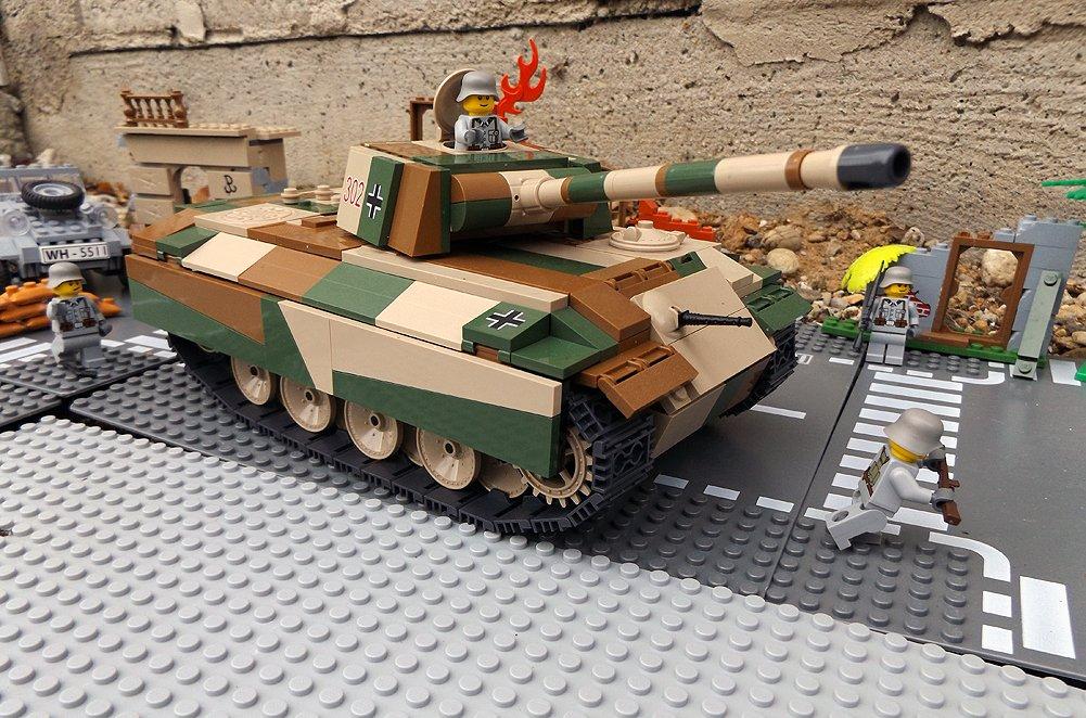 Modbrix 2466 – ✠ Bausteine Panzer Pzkpfw V Panther Ausf. G inkl. custom Wehrmacht Soldaten aus original Lego© Teilen ✠ online kaufen