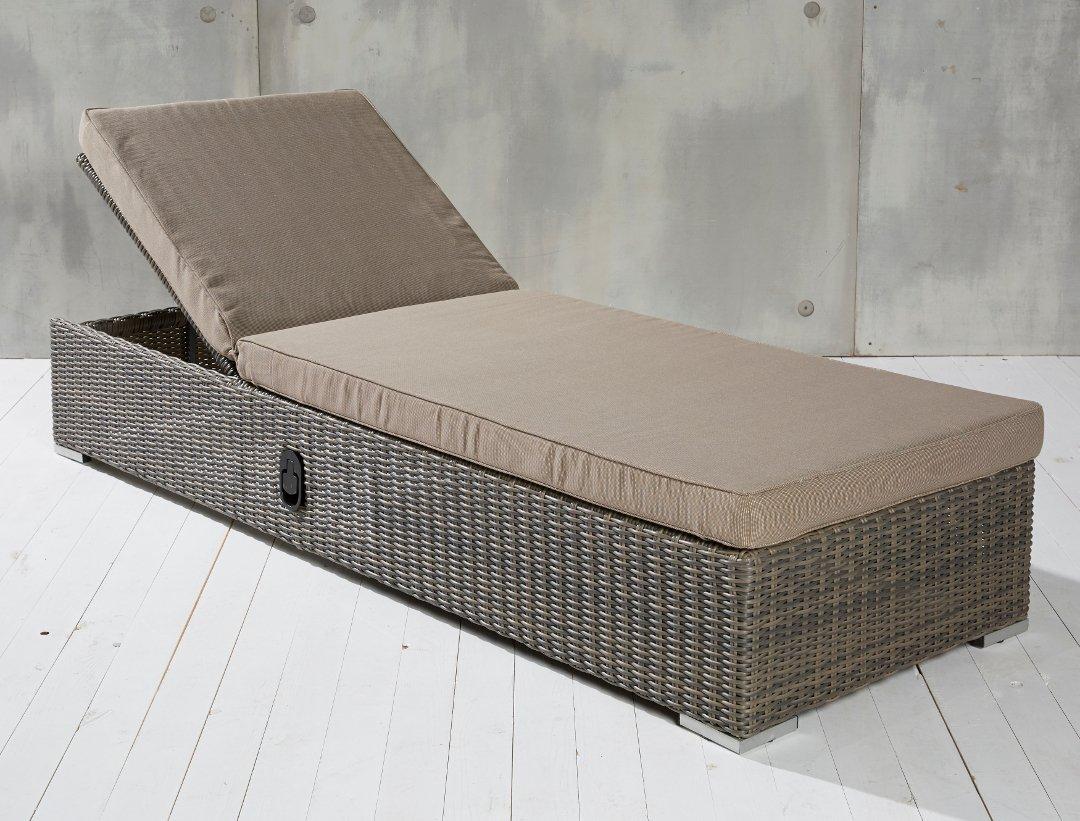 Hochwertige Polyrattan Gartenliege Rattan Terrassenliege Sonnenliege Gartenmöbel jetzt kaufen