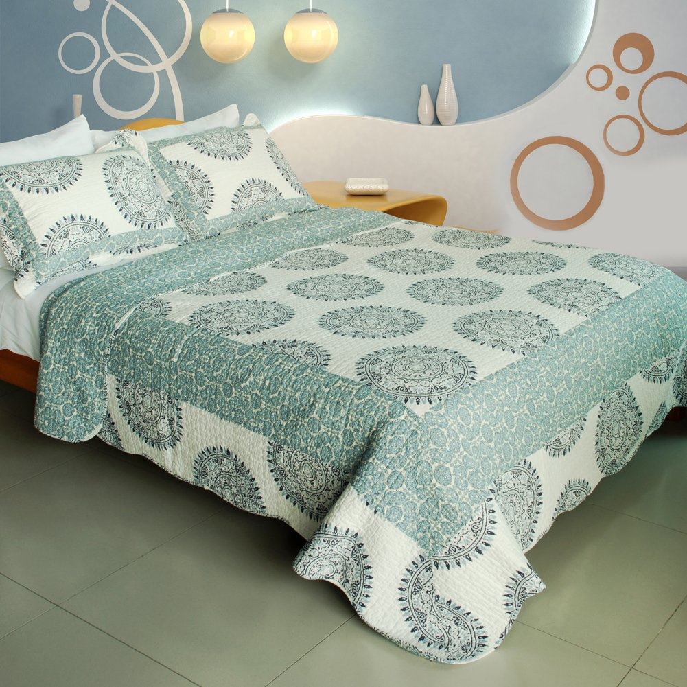 Green Circles Bedding