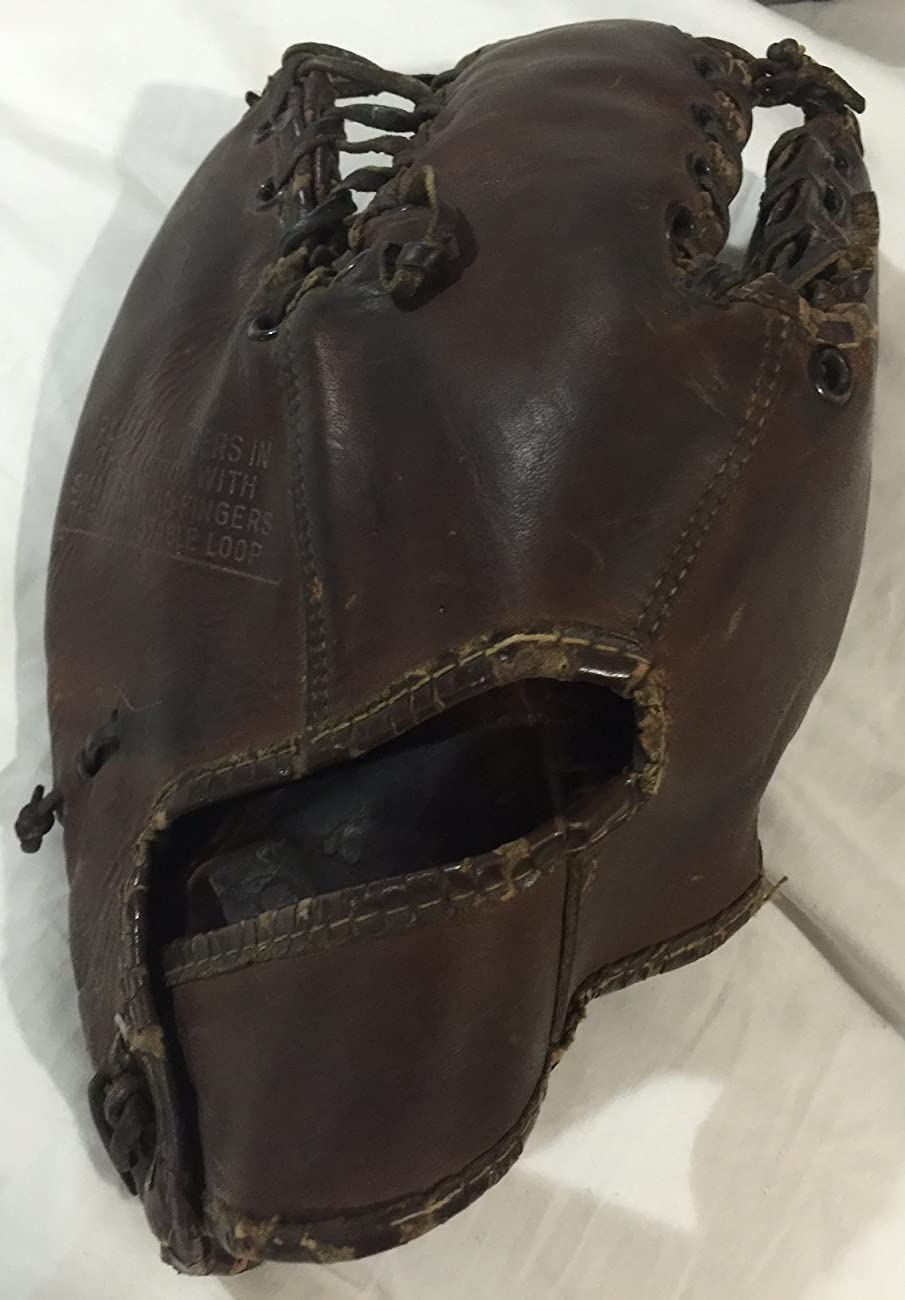 VINTAGE 1940's SPALDING 139T BASEBALL GLOVE NICE CONDITION RARE! 1