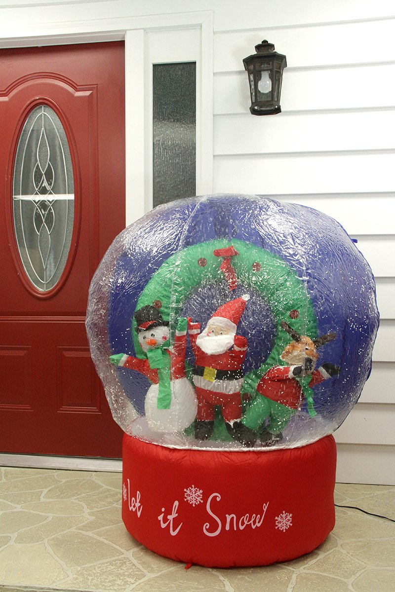 Christmas outdoor inflatables page two christmas wikii for Outdoor christmas globes