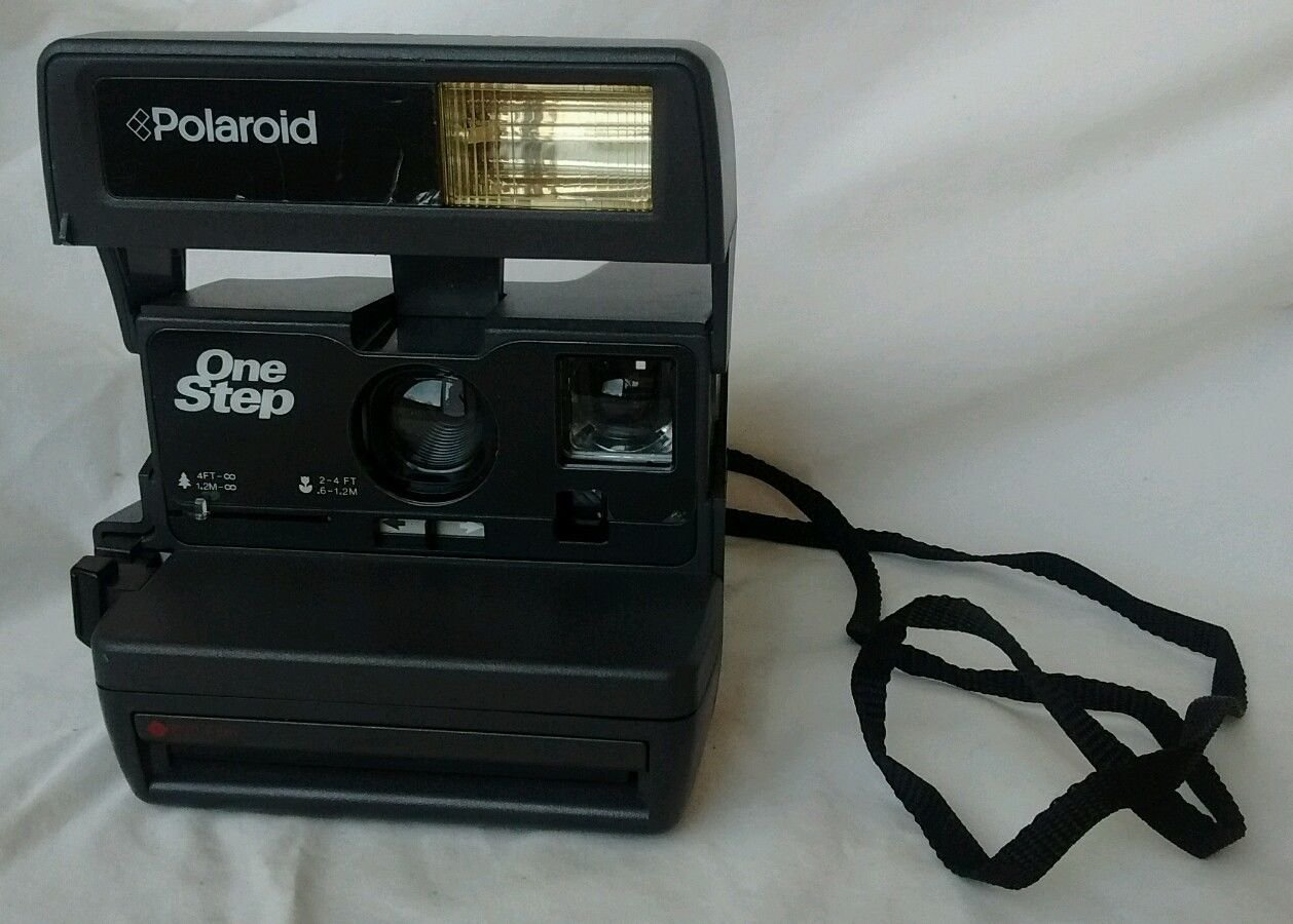 Polaroid One-Step 600 Instant Camera (Discontinued by Manufacturer) 0