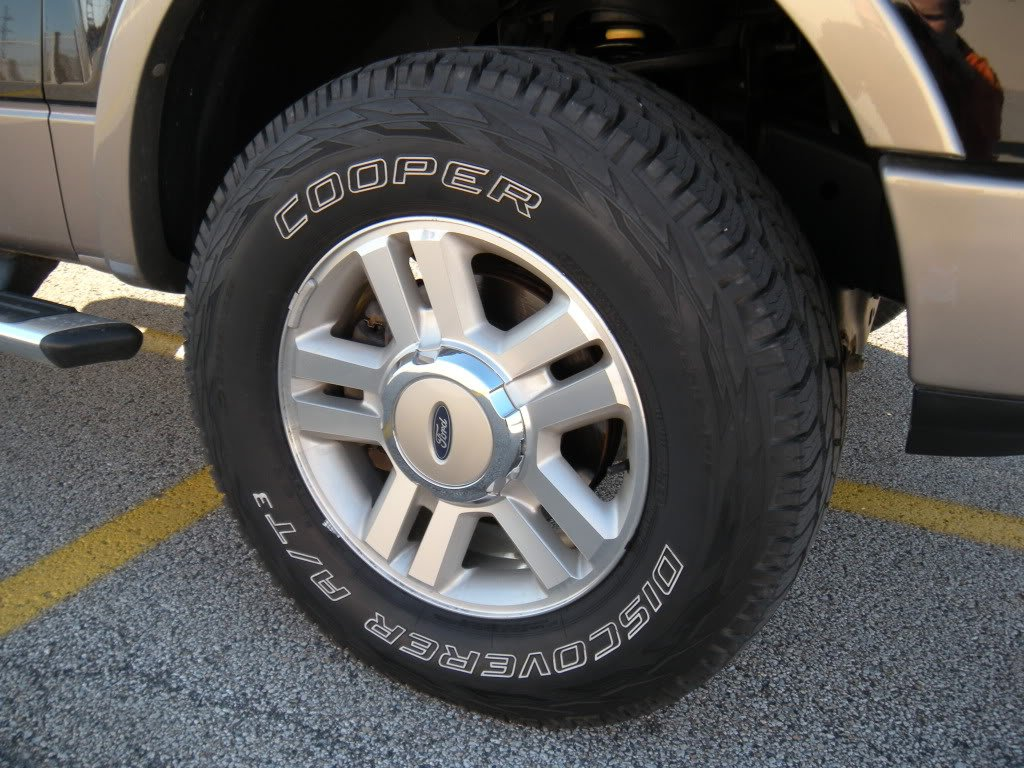Cooper Discoverer A/T3 Traction Radial Tire