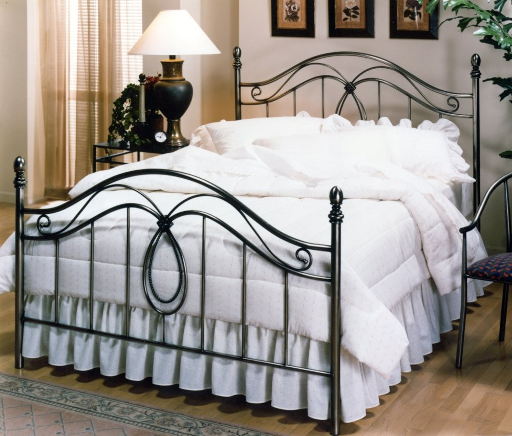 Hillsdale Furniture 167BQR Milano Bed Set with Rails, Queen, Antique Pewter 0