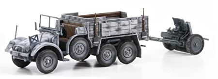 Dragon 500760638-1: 72 automobile 70, 6 x 4 Personnel Carrier