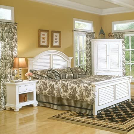 Full Panel Bed by American Woodcrafters - White (6510-46PAN)