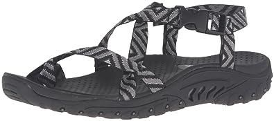 5c6381437e1c Skechers Women s Reggae Buckle Clip Sandal  Amazon.in  Shoes   Handbags