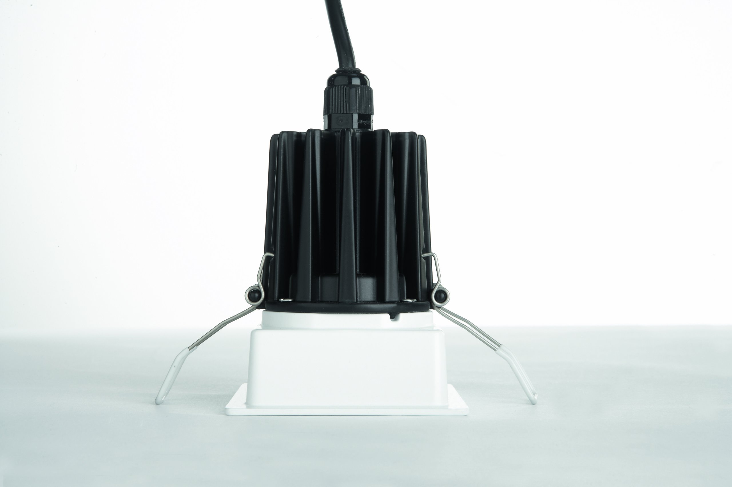 lampadario con faretti : 22 . Lampadario Con Faretti: Philips scope lampadario con faretti led ...