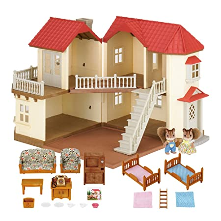 Sylvanian Families Beechwood Hall Gift Set by Sylvanian Families