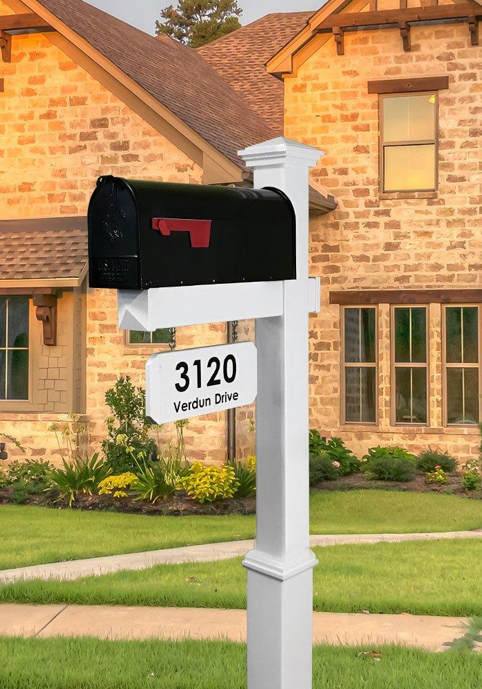 The Saybrook Vinyl / PVC Mailbox Post (Includes Mailbox)