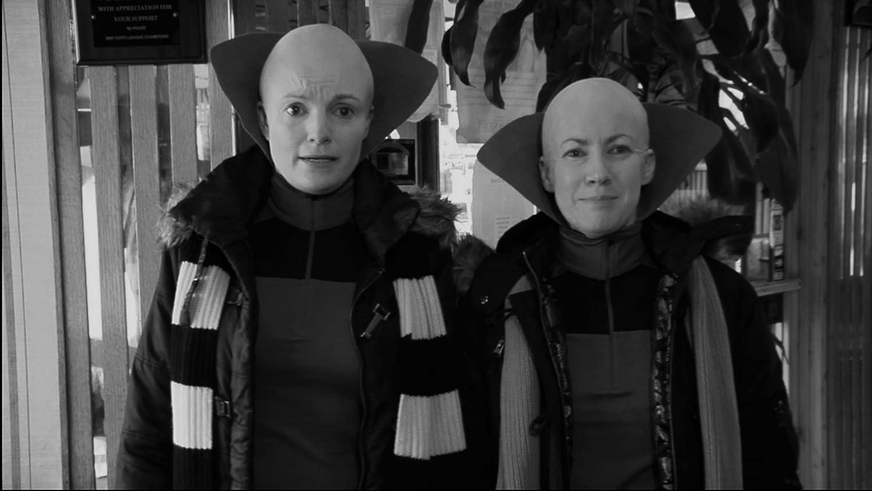 Alien lesbians