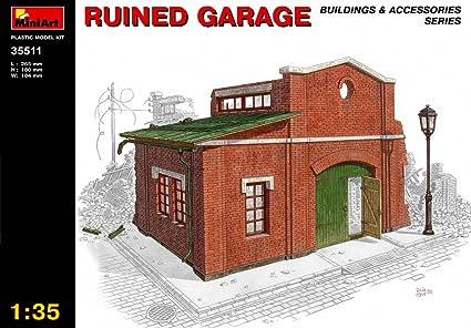 Miniart 1:35 - Ruined Garage - MIN35511
