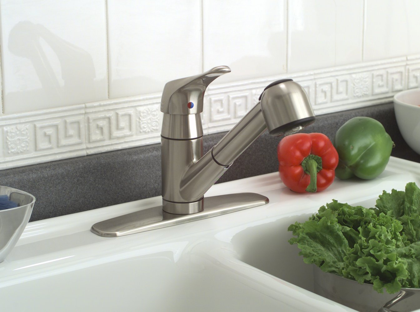 Premier 120161LF Sonoma Lead-Free Pull-Out Kitchen Faucet