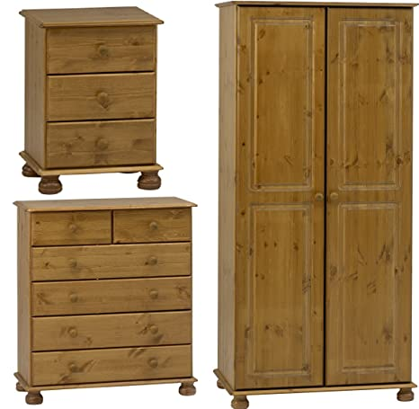 Steens 3-Piece Pine Bedroom Set with Stain and Lacquer