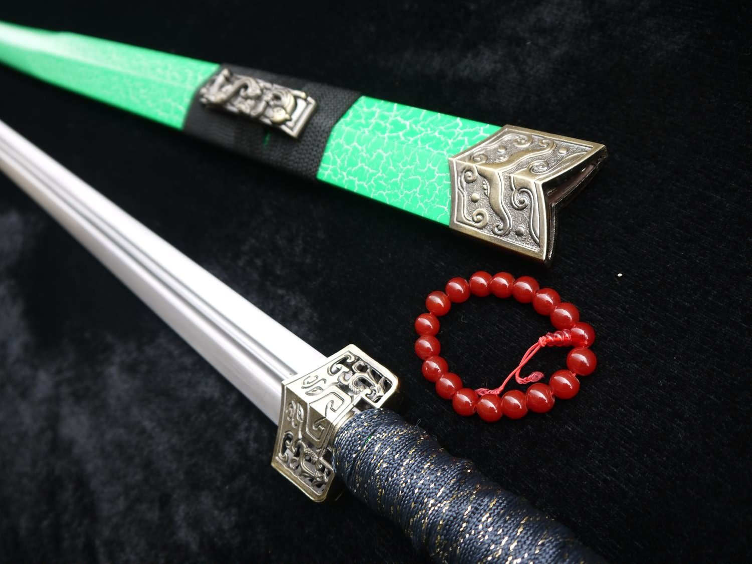 Gifts sword sale Han jian Medium carbon steel blade Green crackle paint scabbard мечи longquan sword