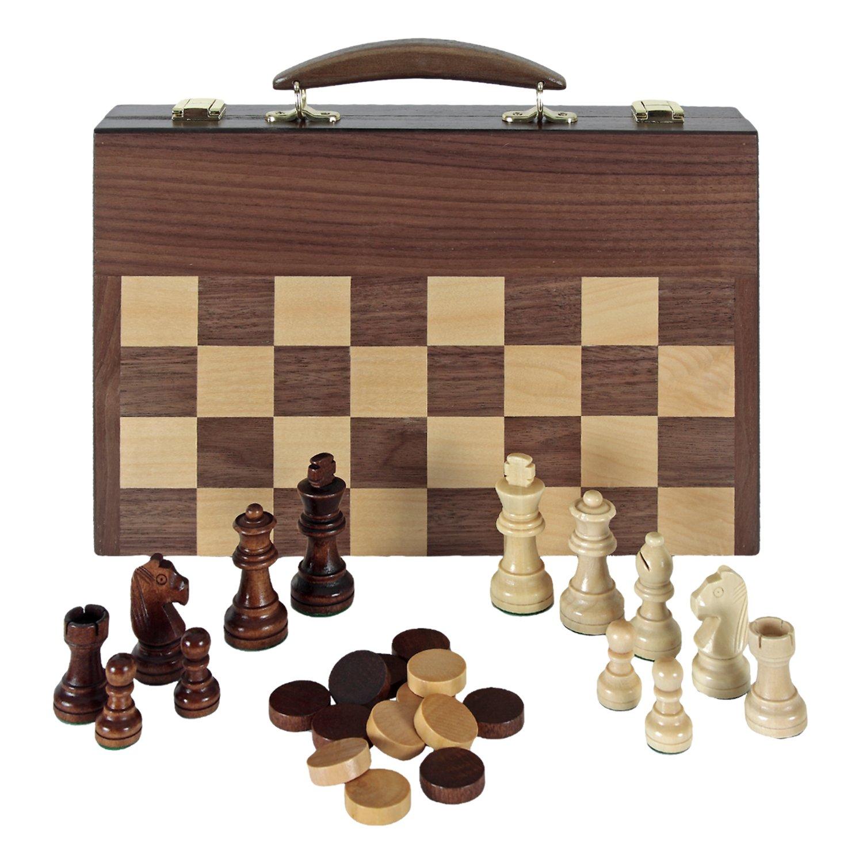 Juegos tradicionales en tablero de madera (ajedrez, damas, backgammon)