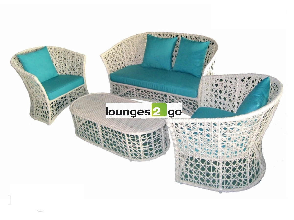 rattan sofaset whitie lounge 4 teile wei gartengarnitursitzgarnitur sitzgruppe komfortable. Black Bedroom Furniture Sets. Home Design Ideas