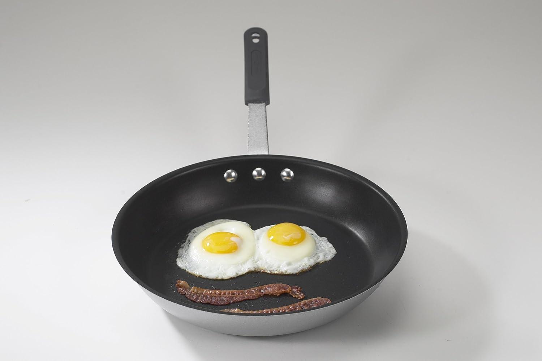 Nordic Ware Restaurant Cookware 10 5 Inch Nonstick Frying