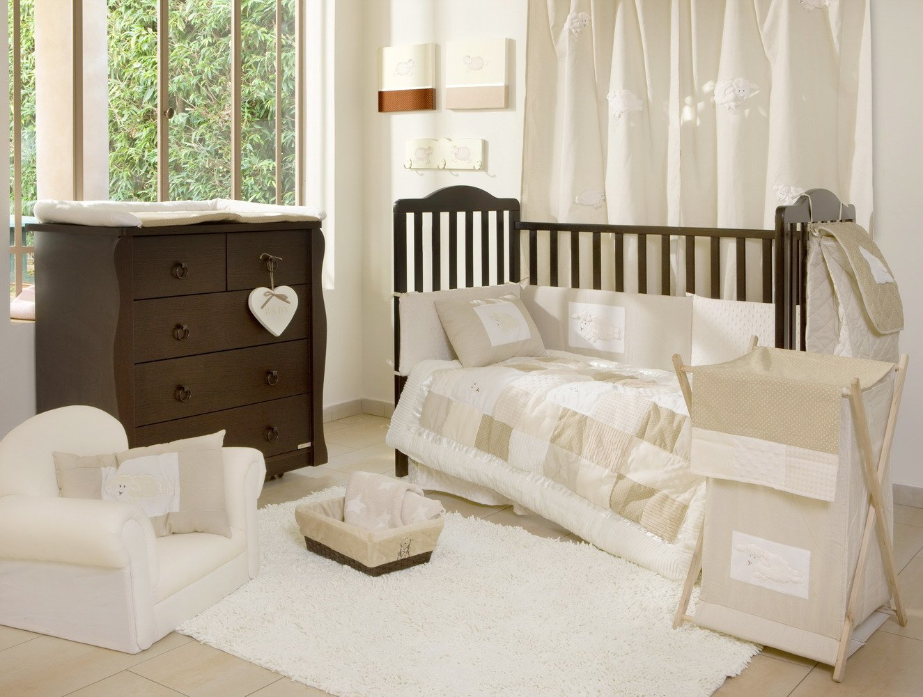 Beige Cream And White Bedroom Decorating Ideas Seekyt