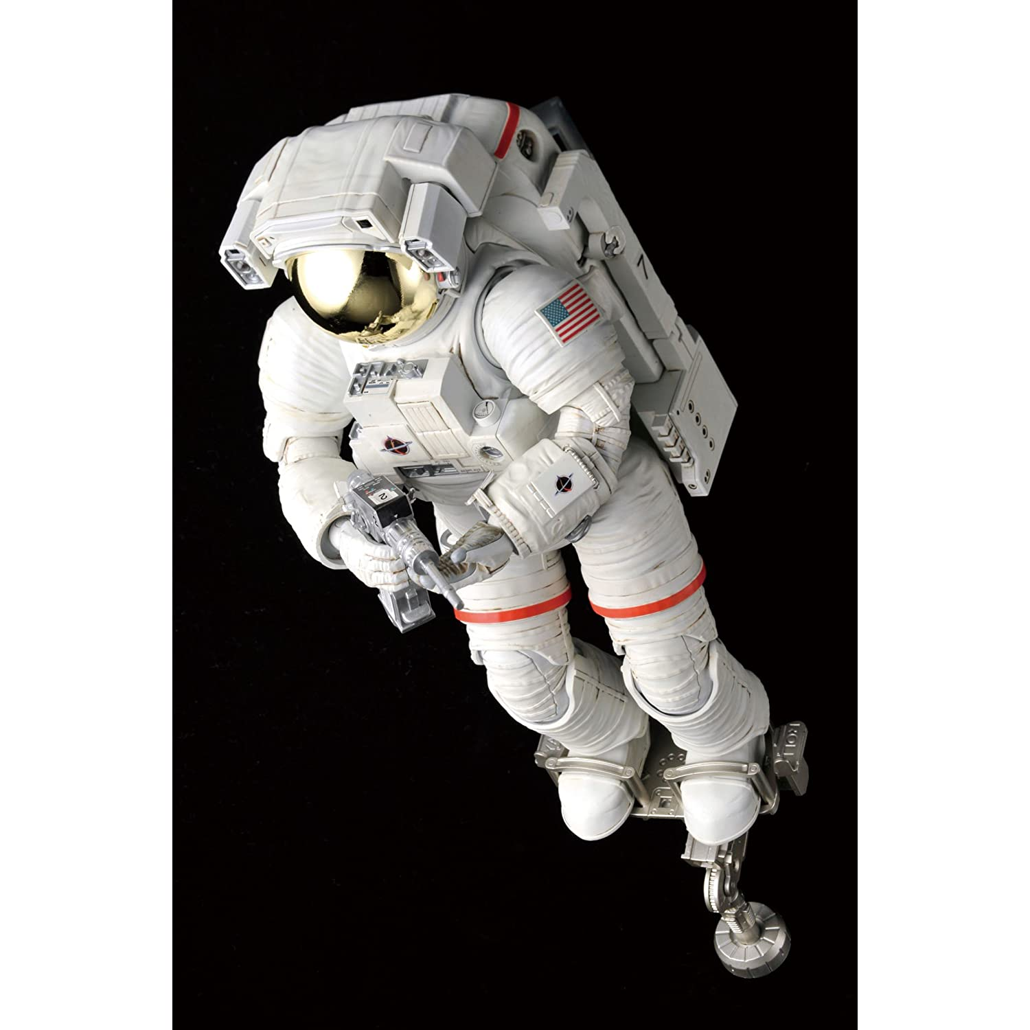 Bandai Hobby ISS Space Suit Extravehicular Mobility Unit 1/10 Exploring Lab 71iHA98yaWL._AA1500_