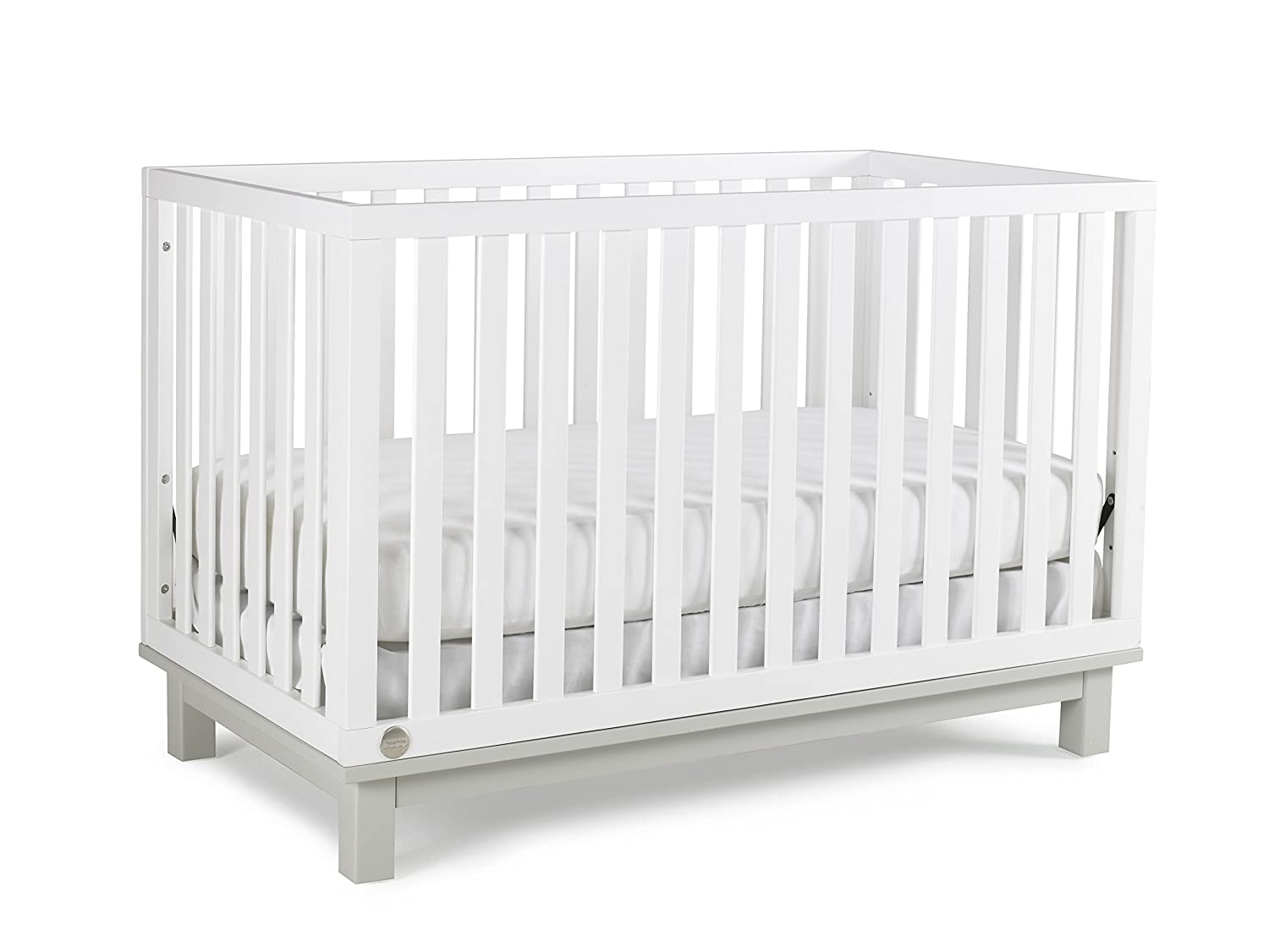 Fisher Price Riley 3 in 1 Convertible Crib