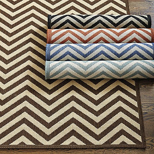 Chevron Stripe Indoor/Outdoor Rug - Black with Sand 4' x 5'7
