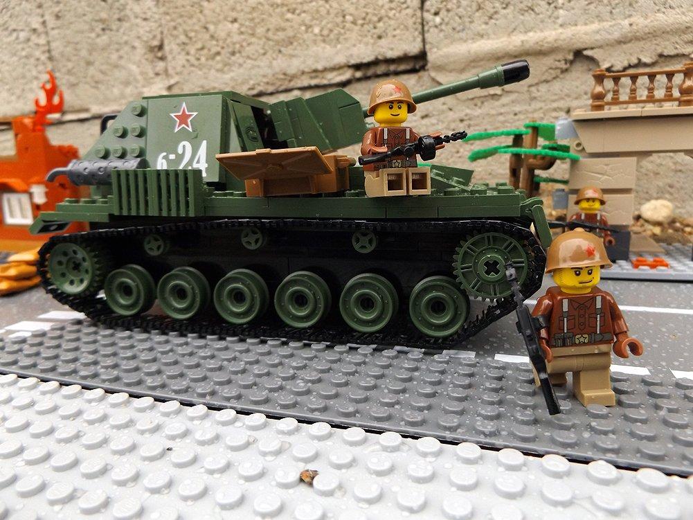 Modbrix 2458 – ☭ Rote Armee Selbstfahrlafette Kettenfahrzeug SU-76 inkl. custom Sowjetische Soldaten aus original Lego© Teilen ☭ günstig bestellen