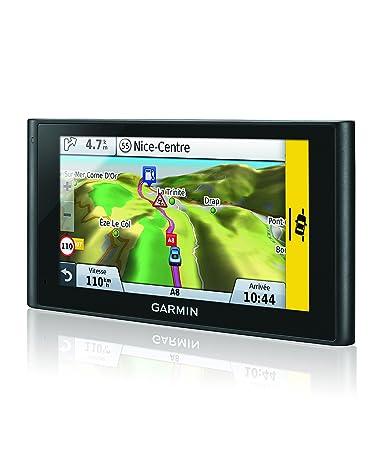 Garmin nuviCam LMT - GPS Auto 6 pouces avec caméra intégrée (dashcam) - Info Trafic et carte (45 pays) gratuits à vie