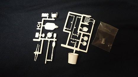 Dollhouse Bathroom Accessories Mini Kit by Chrysnbon