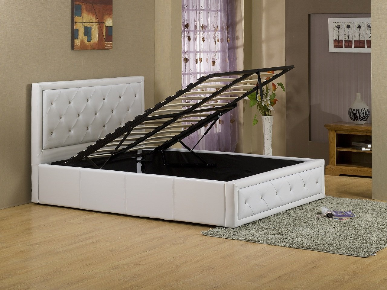 Hollywood Crystal Gas Lift Storage Bed 5ft King Size White Faux Leather       Customer review and more information