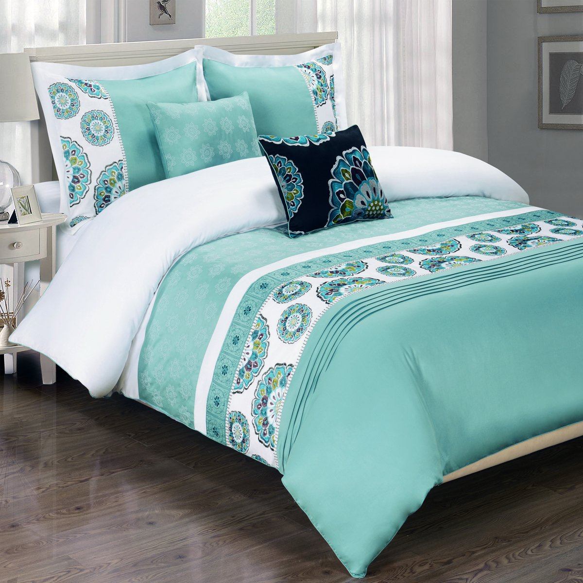 Chelsea Embroidered Duvet Cover Set, Elegant and Contemporary Floral Duvet Set, 100% Egyptian Cotton, 5PC Decorative Duvet Cover Set, Full/Queen Size, Aqua-Blue